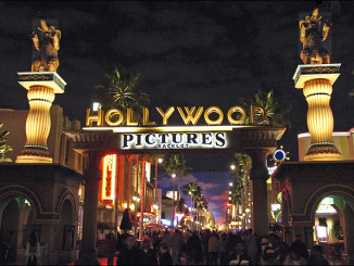 Hollywood Pictures - night time - arca finance
